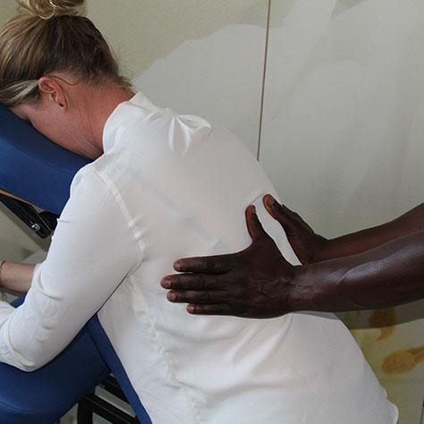 On-Site-Massage und Büromassage für stressige Arbeitstage