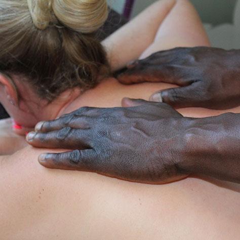 klasssische Massage für Entspannung und Wohlbefinden